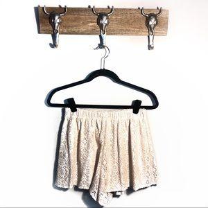Pants - ✨ Lush - Lace Shorts